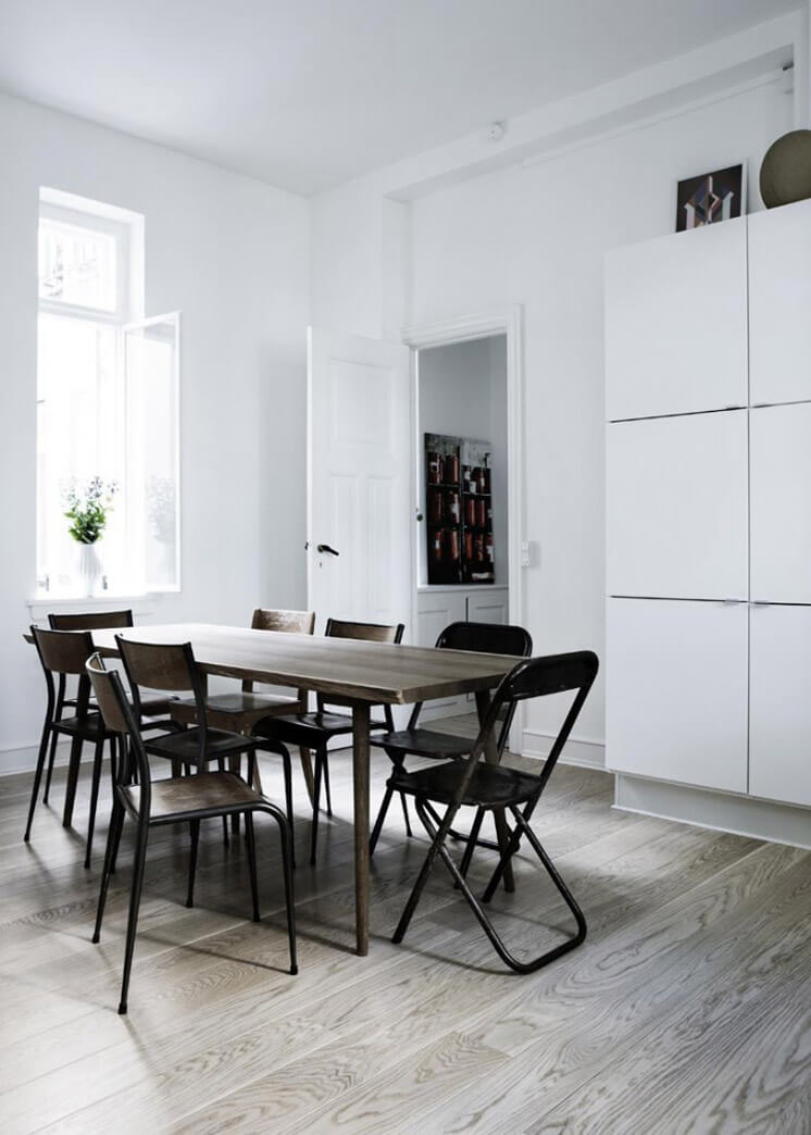 Dining Table Yvonne Kone Home © Line Klein for Elle Decoration Est Magazine