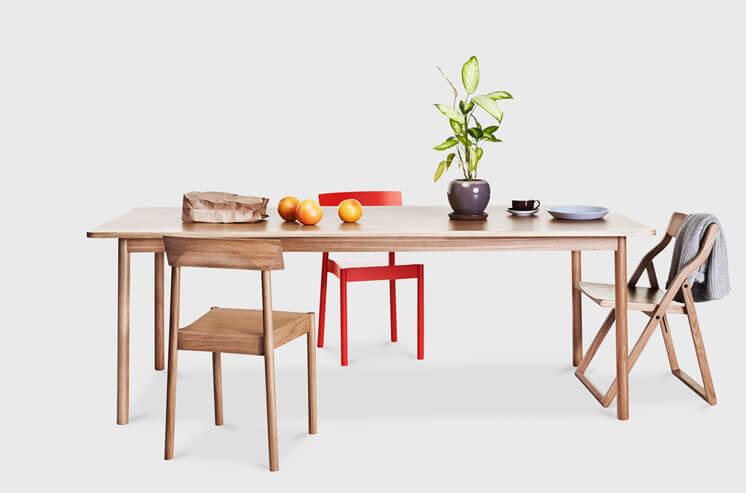 Time Dining Table Nomi © Tessa Ross Phelan Est Magazine