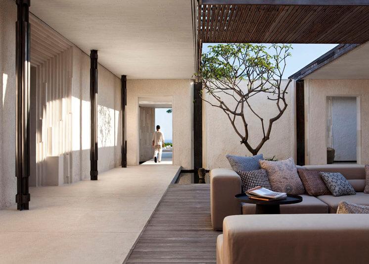 alilavillasuluwatu threebedroom entrance
