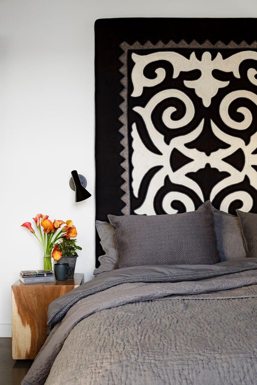 Jessica Helgerson Interior Design Portland Loft Bedroom © Lincoln Barbour 1 Est Magazine
