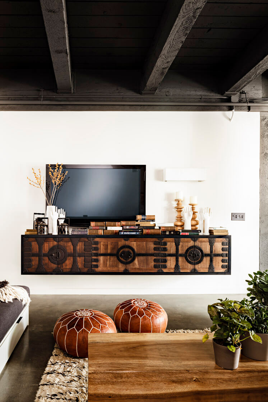 Jessica Helgerson Interior Design Portland Loft TV © Lincoln Barbour 1 Est Magazine