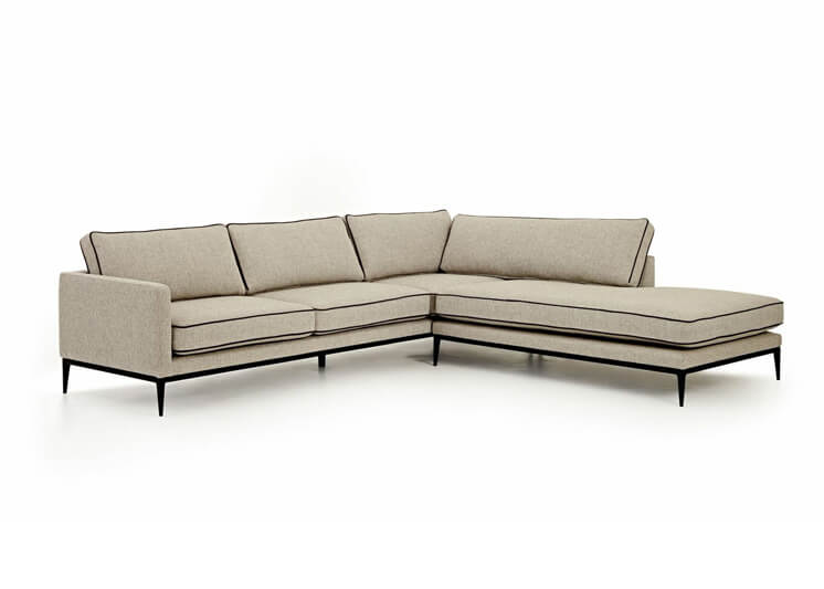 W21 Tribute Couch 746x533
