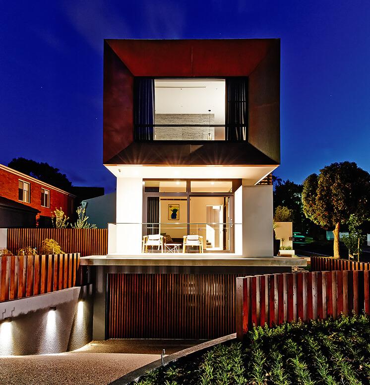 Rogerseller Home Exterior Night Lights PostImage