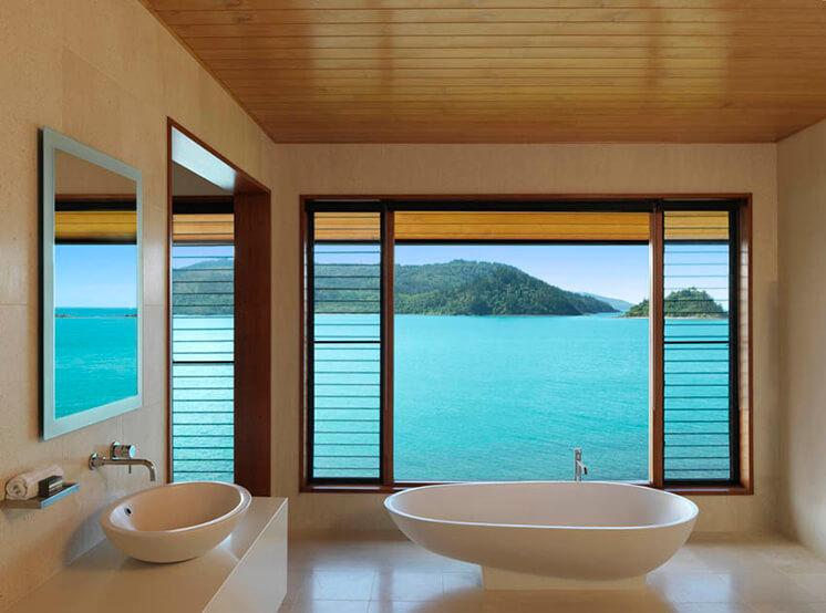 qualia Windward bathroom PostImage