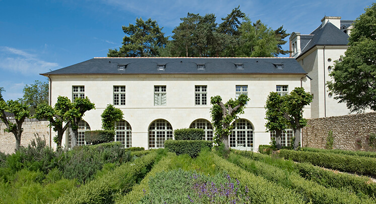 Est Magazine Abbaye de Fontevraud Reconstruction Nicolas Matheus