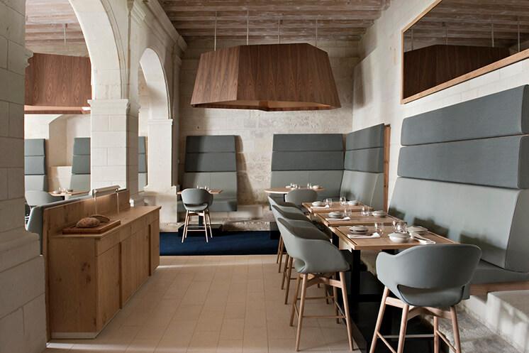 Est Magazine Abbaye de Fontevraud dining Nicolas Matheus 02