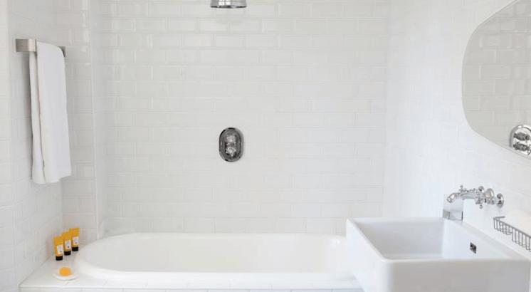 Est Magazine Hotel White 1921 St Tropez bathroom