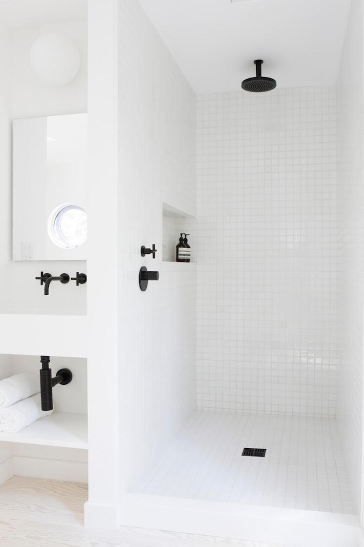 Est Magazine Red Dirt Rd bathroom Hamptons NY Amee Allsop Glen
