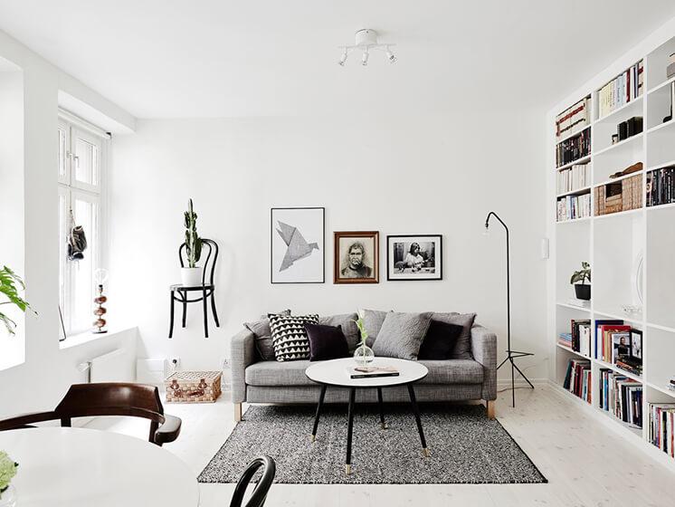 Est Magazine Sofa Entrance
