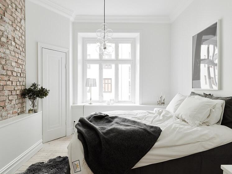 Est magazine Open House Bed Window