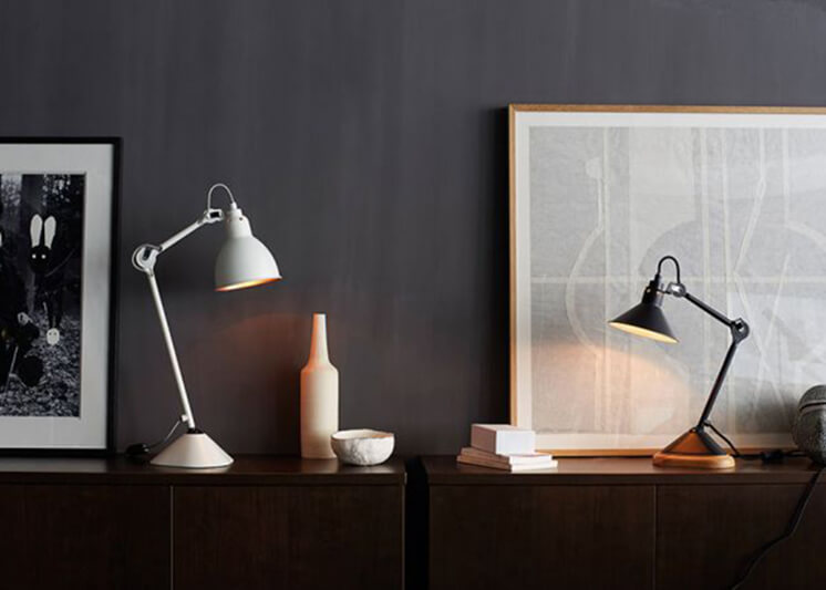 Est-Magazine-table-Lamp