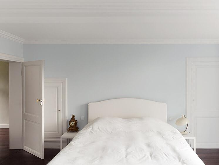 Est Magazine Portrait of a House Bed2