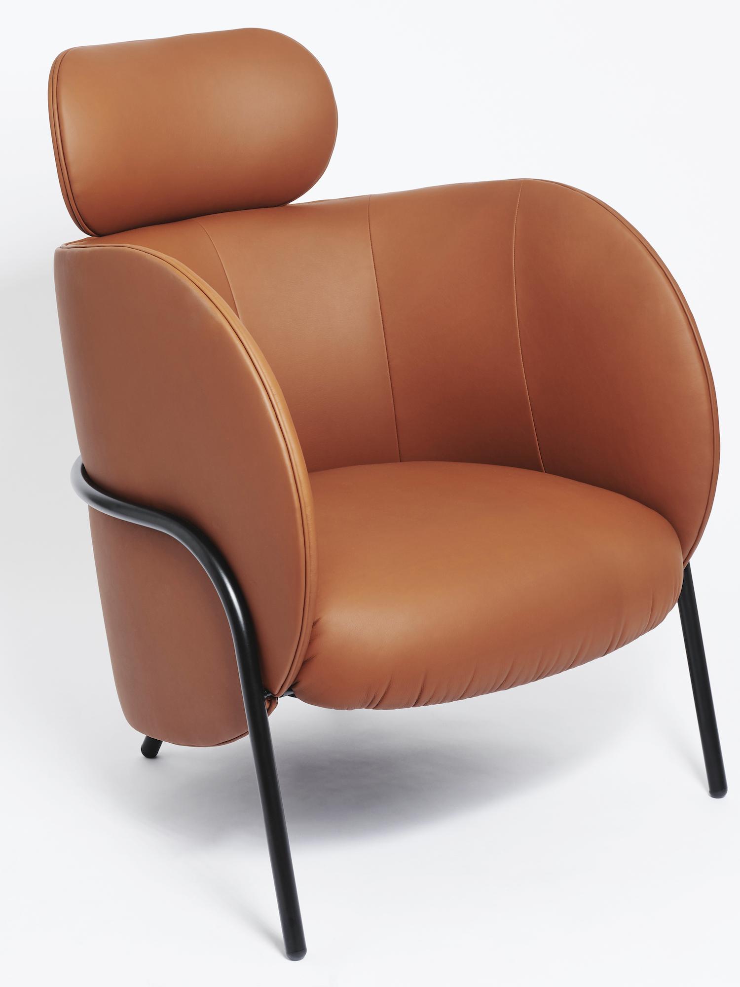 est living royce armchair nikolai kotlarczyk spo1 10