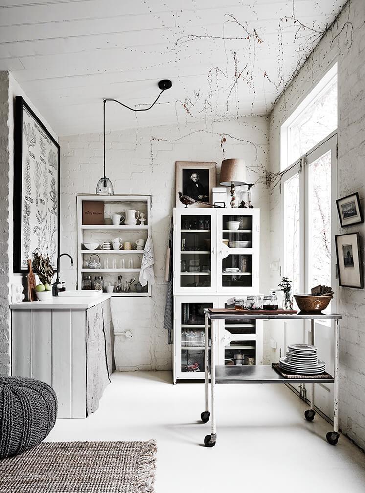 Est Magazine White Room1