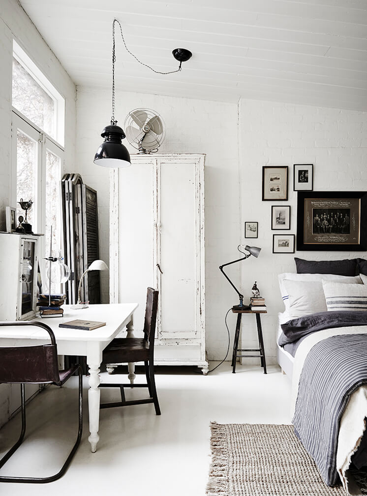 Est Magazine White Room11