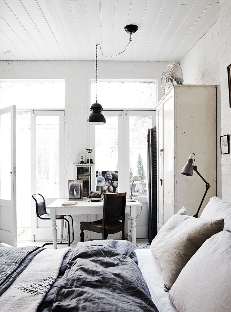 Est Magazine White Room5
