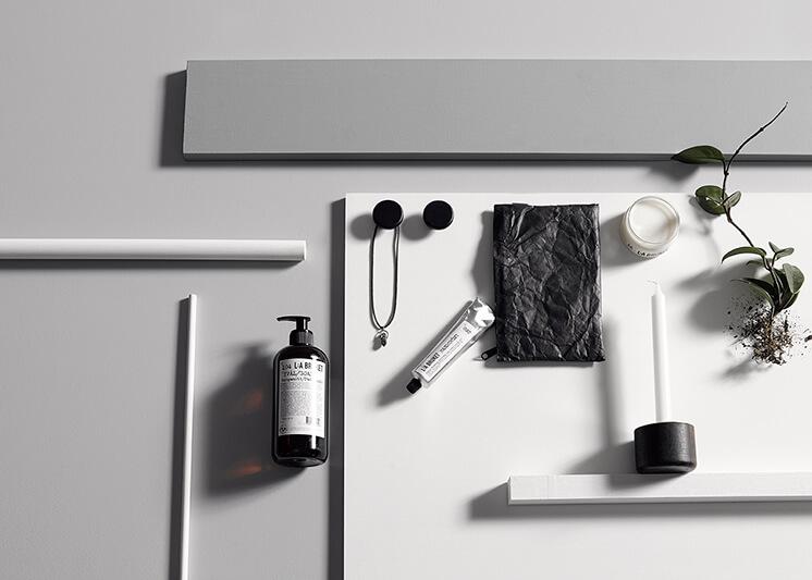 Est Magazine1 ReubenGatesPhotography BekSheppardStylist NeutralInstinct Bathroom 2