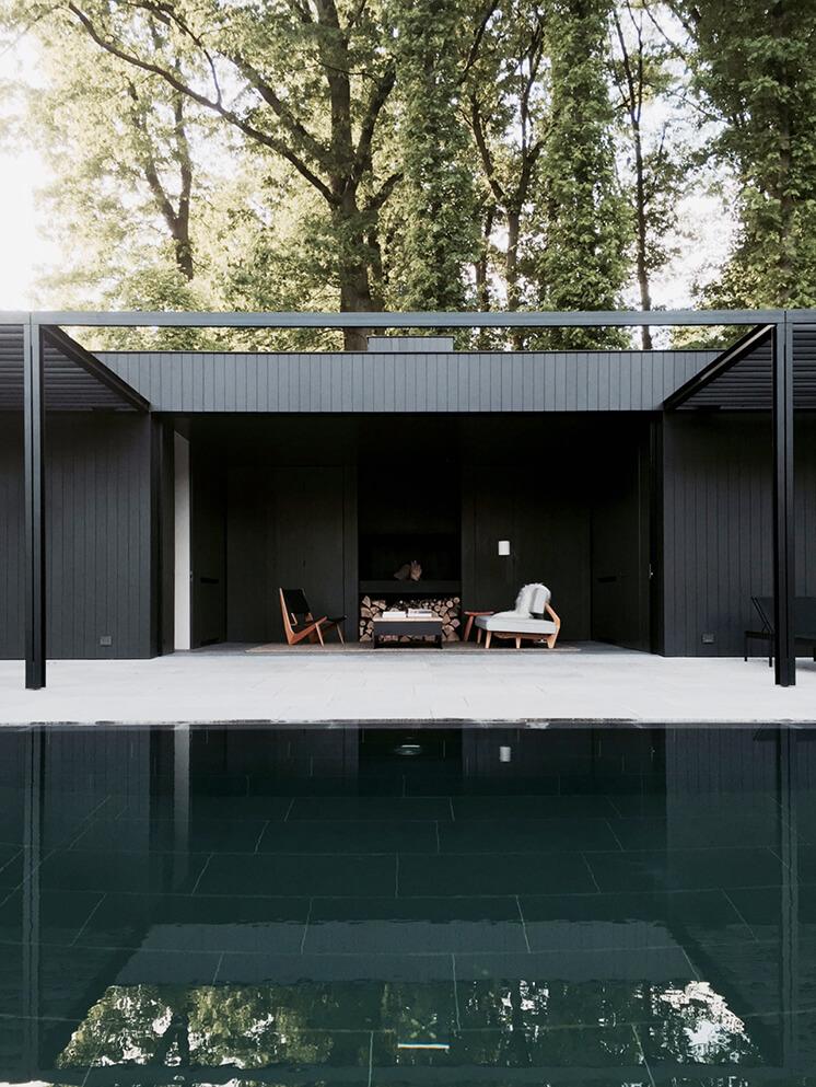 Est Magazine Pool House MMD2
