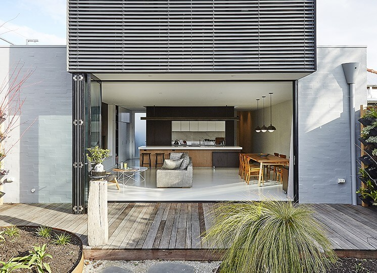 Est-Living-Taylor-Knights-St-Kilda-House-Back-Yard