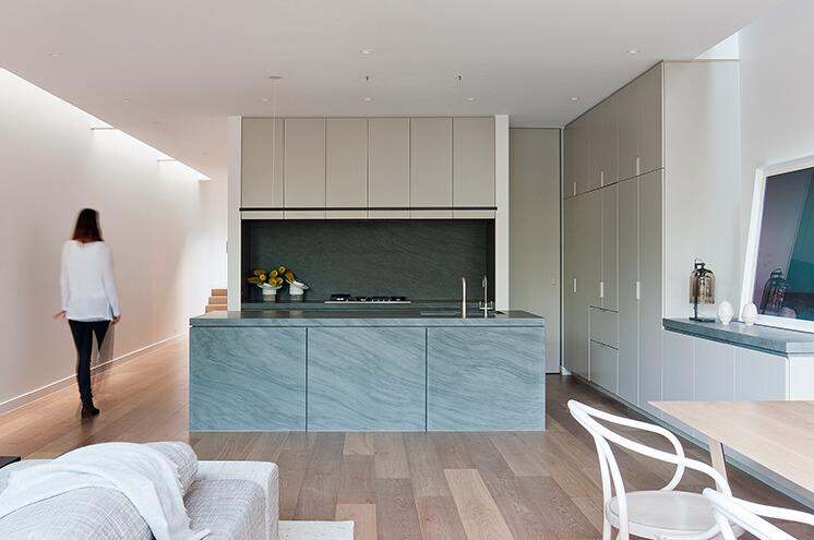 Robson Rak Courtyard House Kitchen1 Est Living