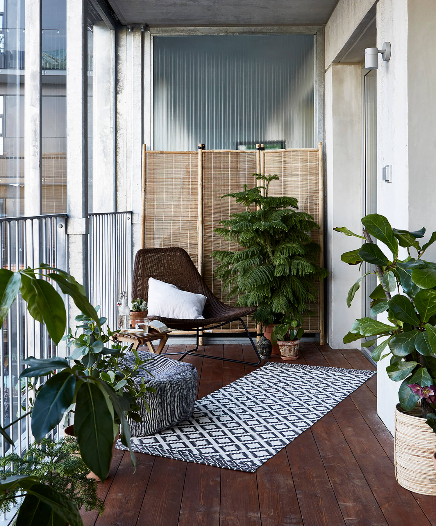 Est Living Open House Balcony