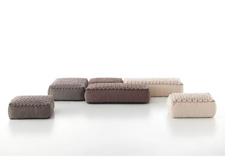 Trenzas Spaces Ottoman
