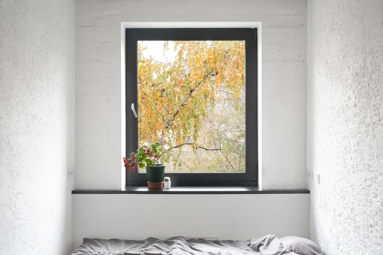 est living concrete ceiling apartment crosby studios.04