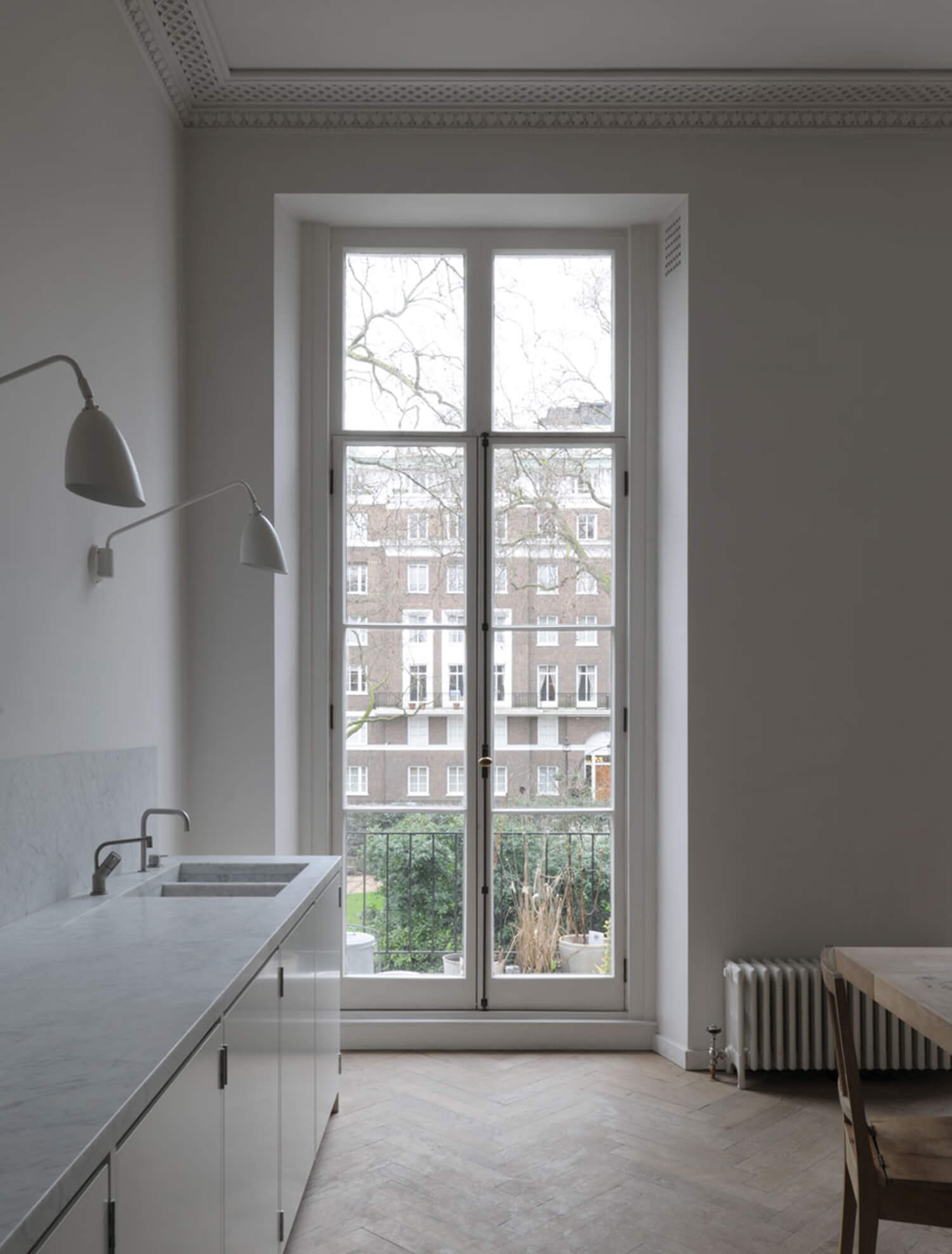 est-living-london-apartment-drdh-architects.03