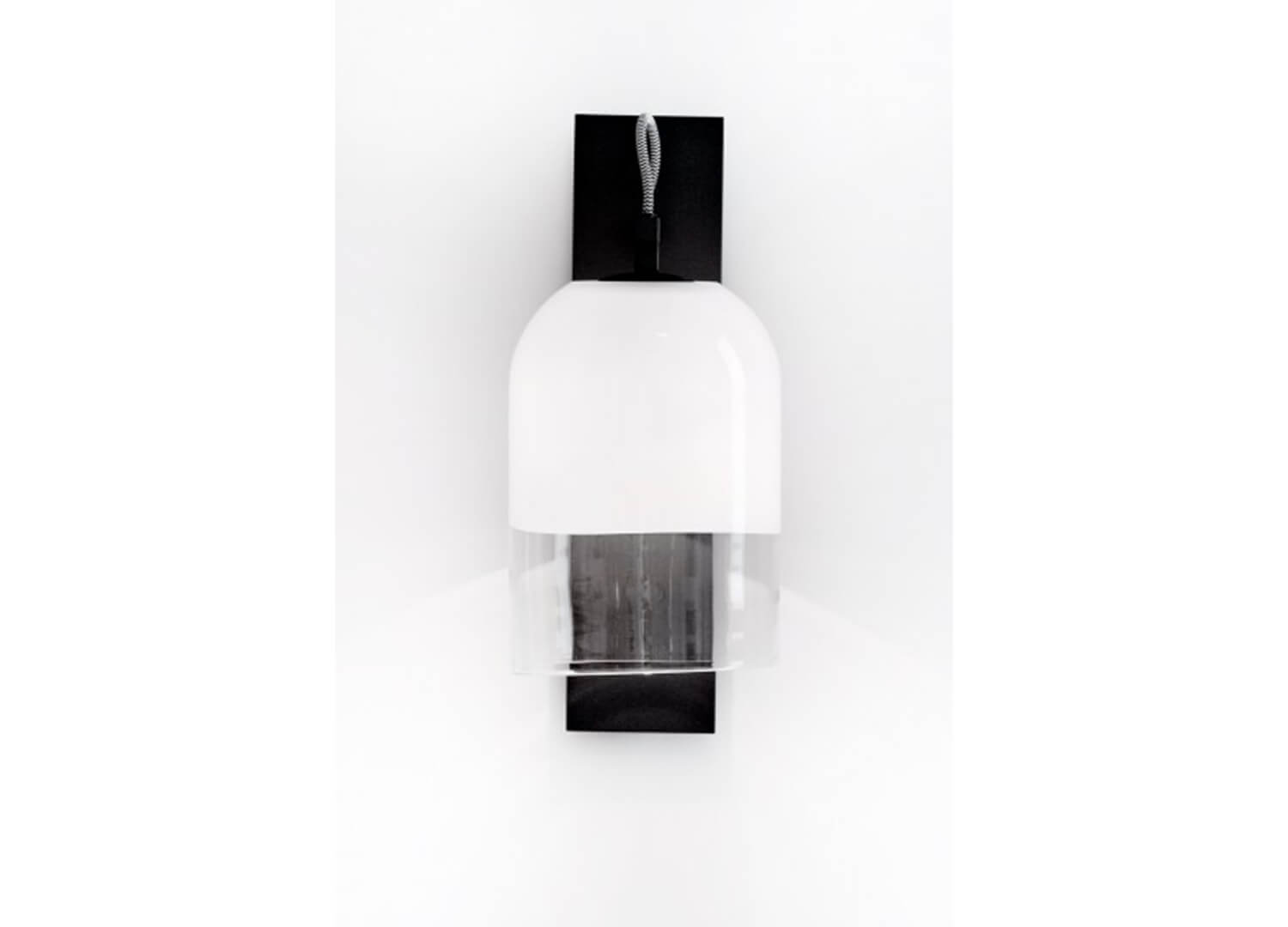 est living moni wall sconce white