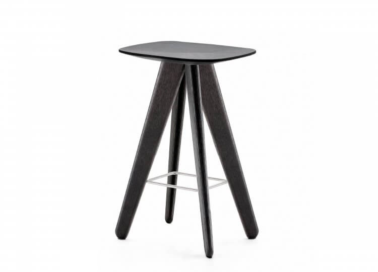 est living poliform ipsilon stool 01 750x540