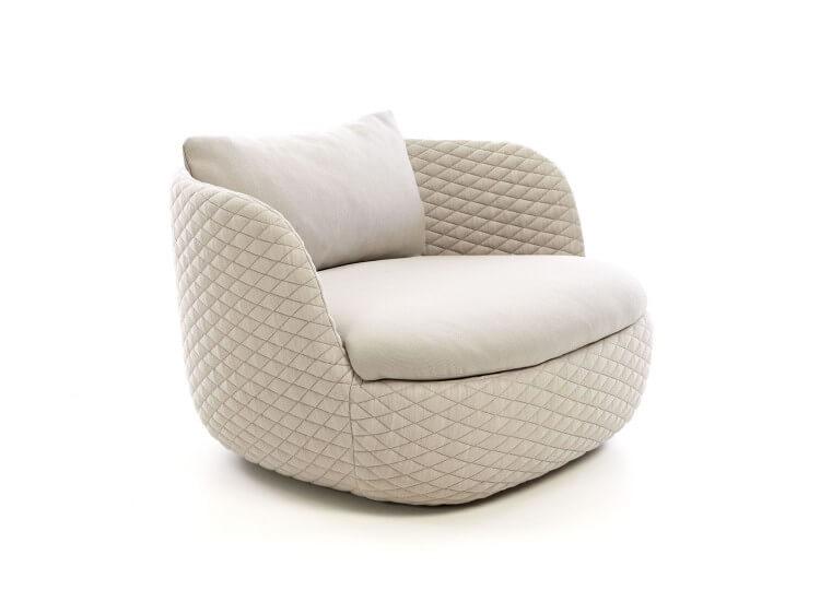 est living bart armchair moooi works bart schilder.01 750x540