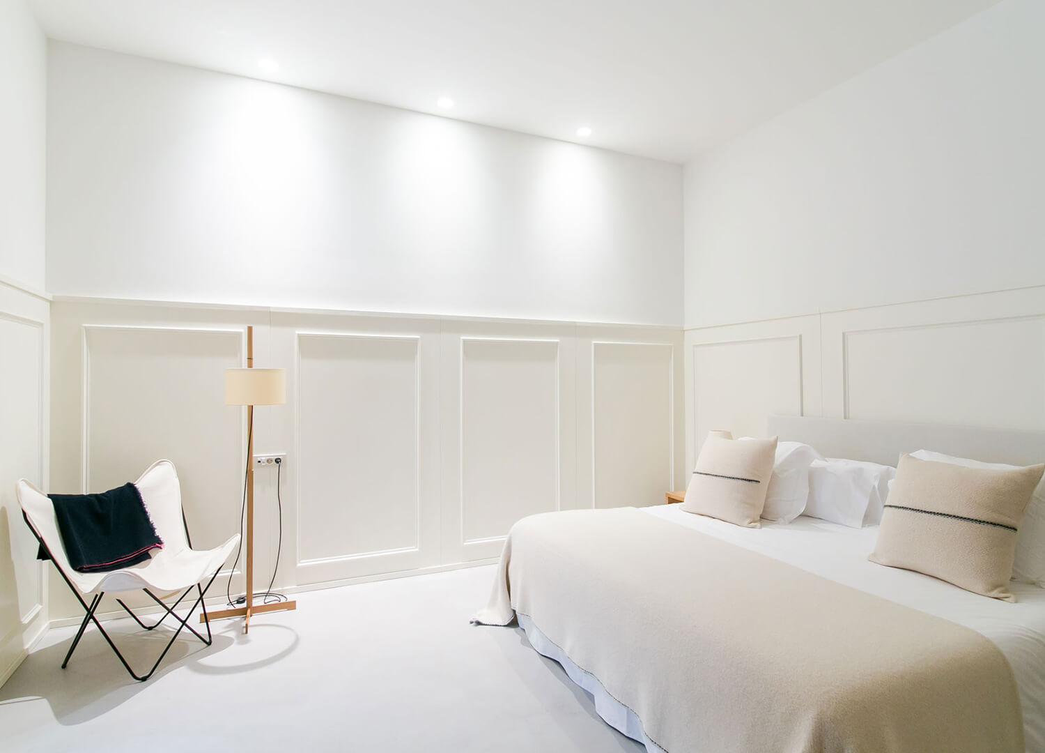 est living margot house barcelona guest room white