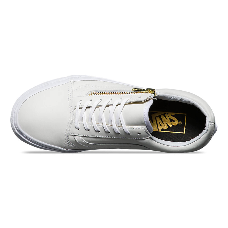 est-living-top-ten-sneakers-vans-true-white-leather-old-skool