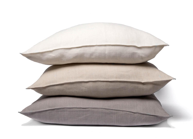 est essentials desgin directory belgian linen cushion.stack  1
