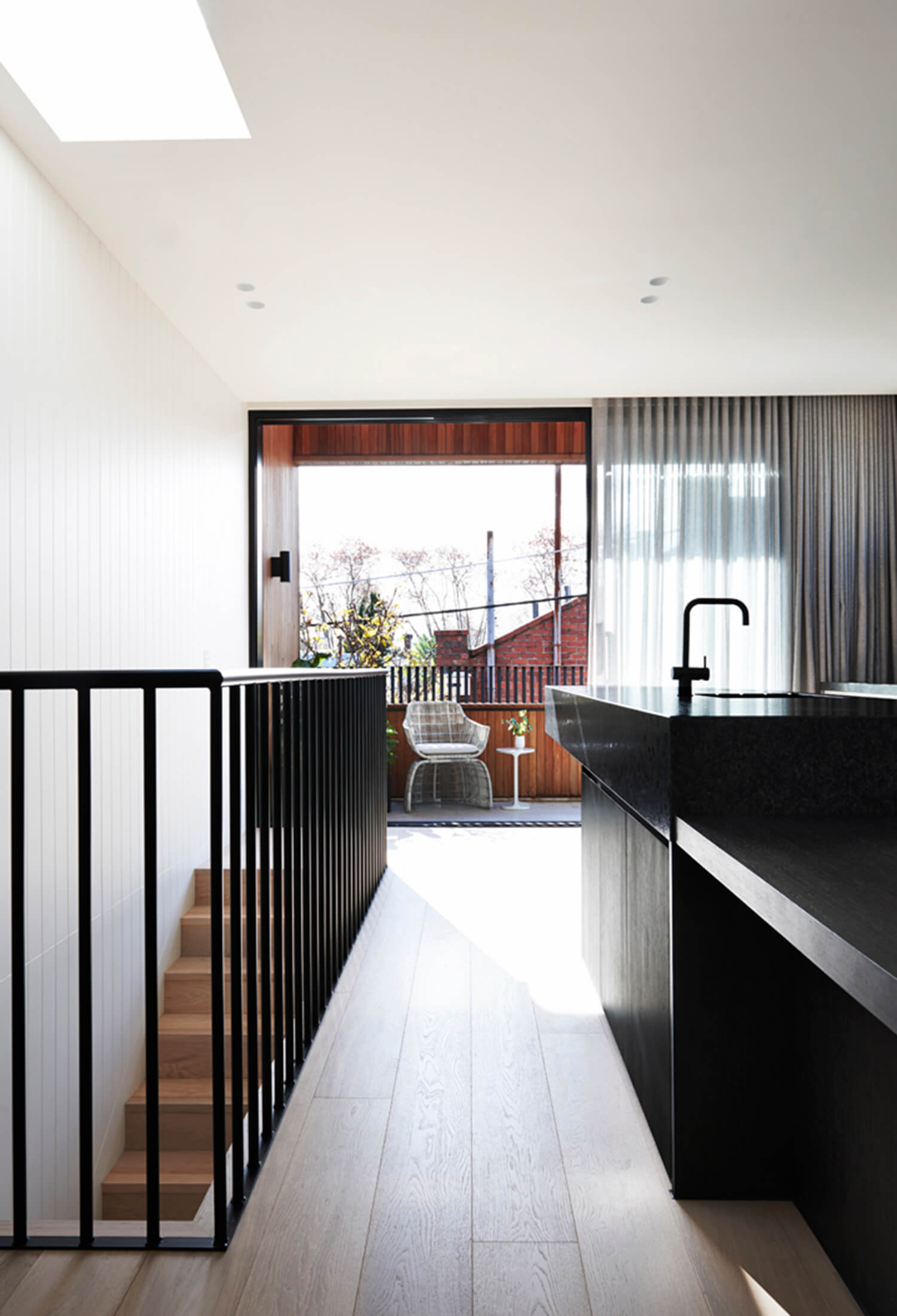 est living y residence south yarra