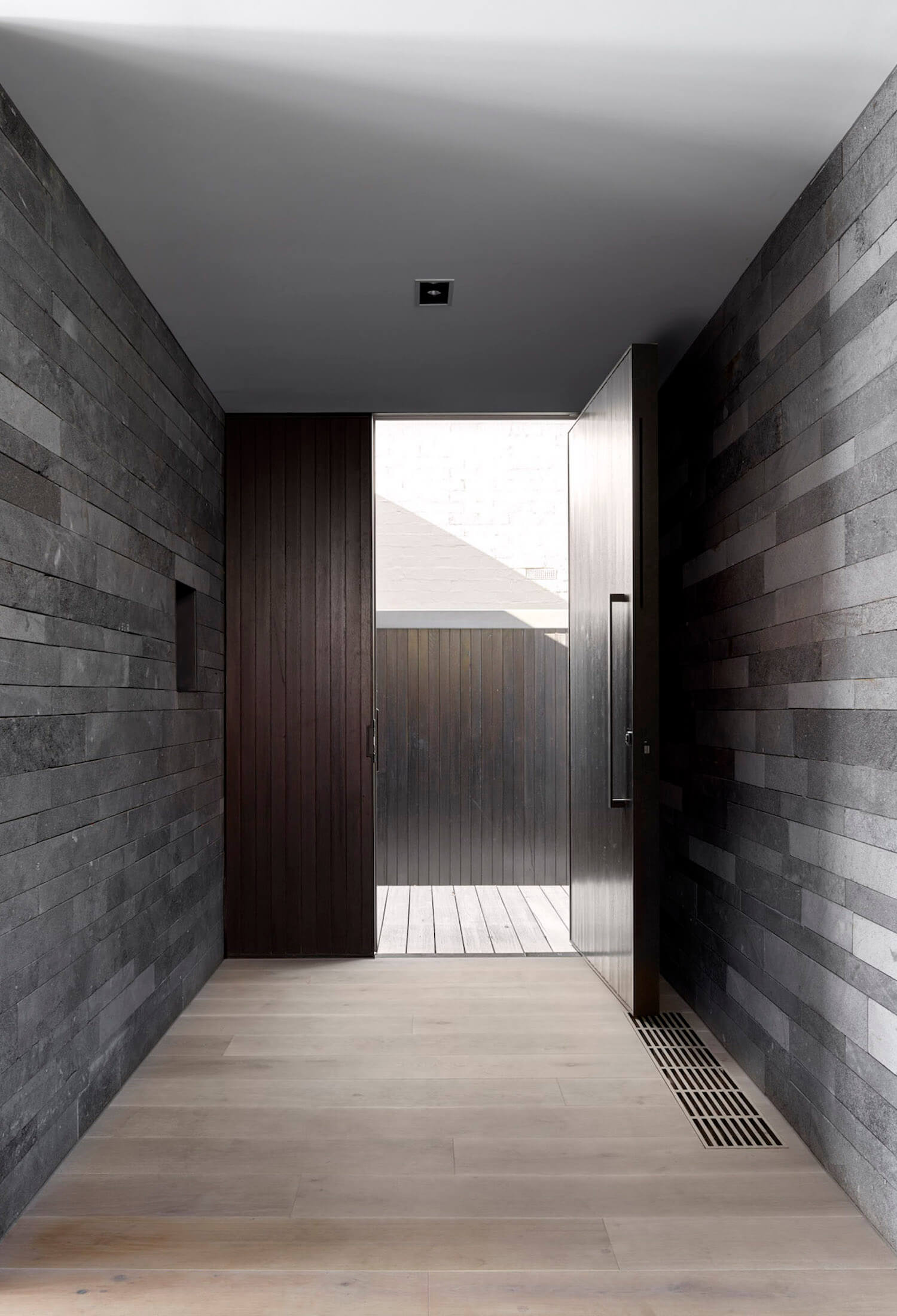 est living b.e architecture canterbury road residence 13