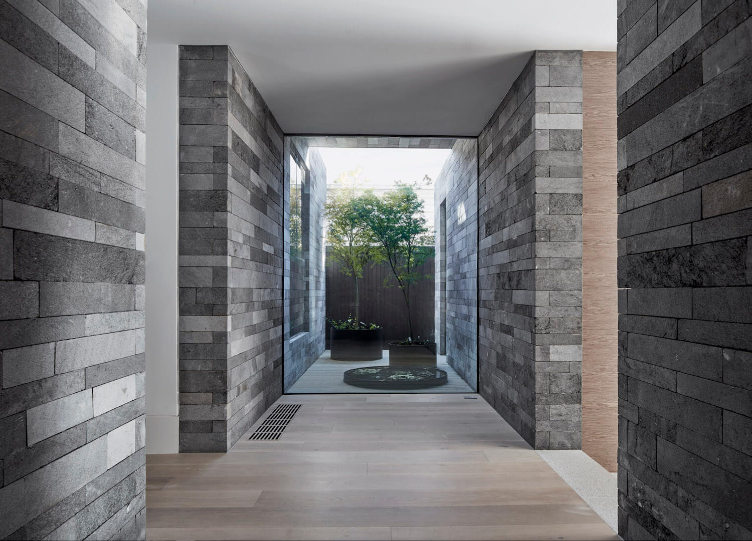 est living b.e architecture canterbury road residence 9