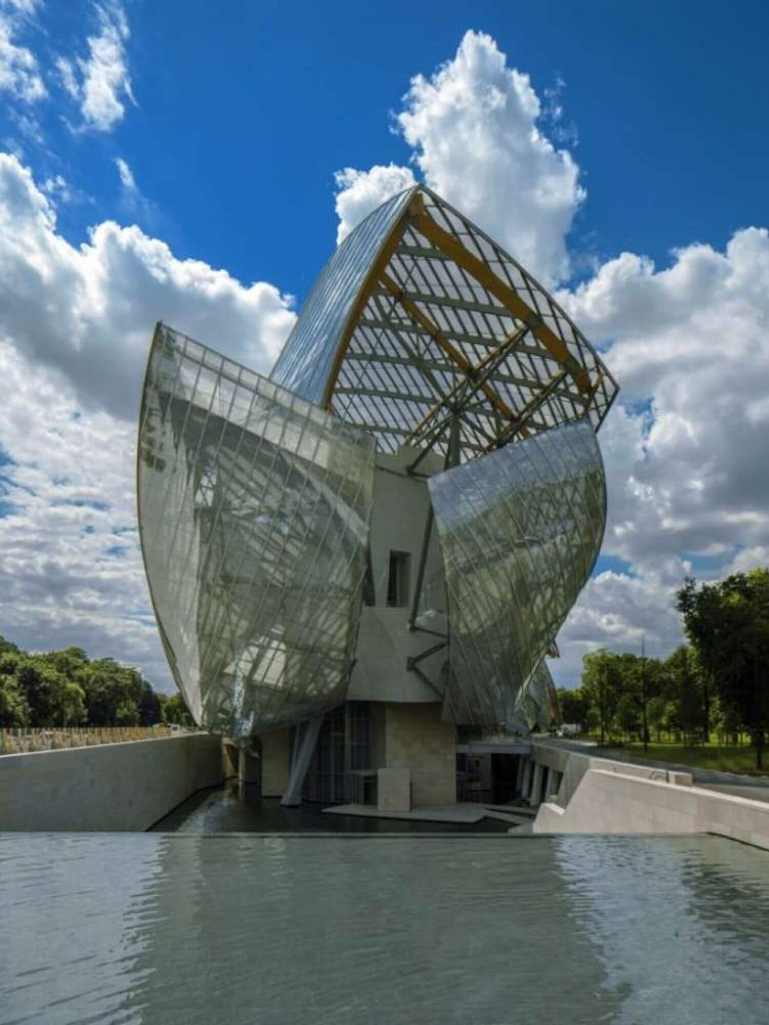 est living paris travel guide fondation louis vuitton 1