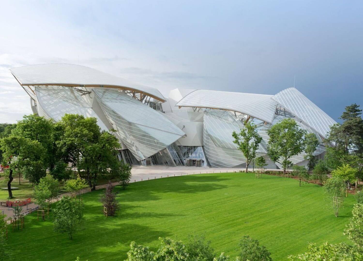 est living paris travel guide fondation louis vuitton 2