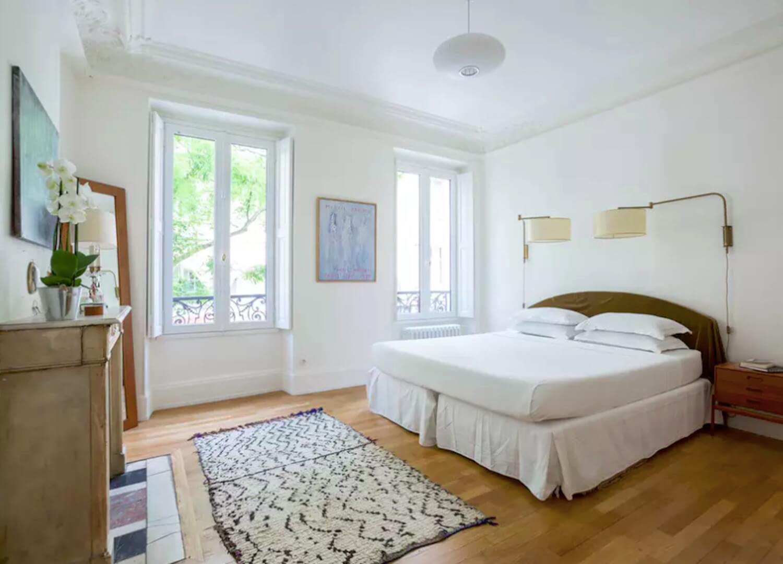 est living travel paris guide rue greneta 3