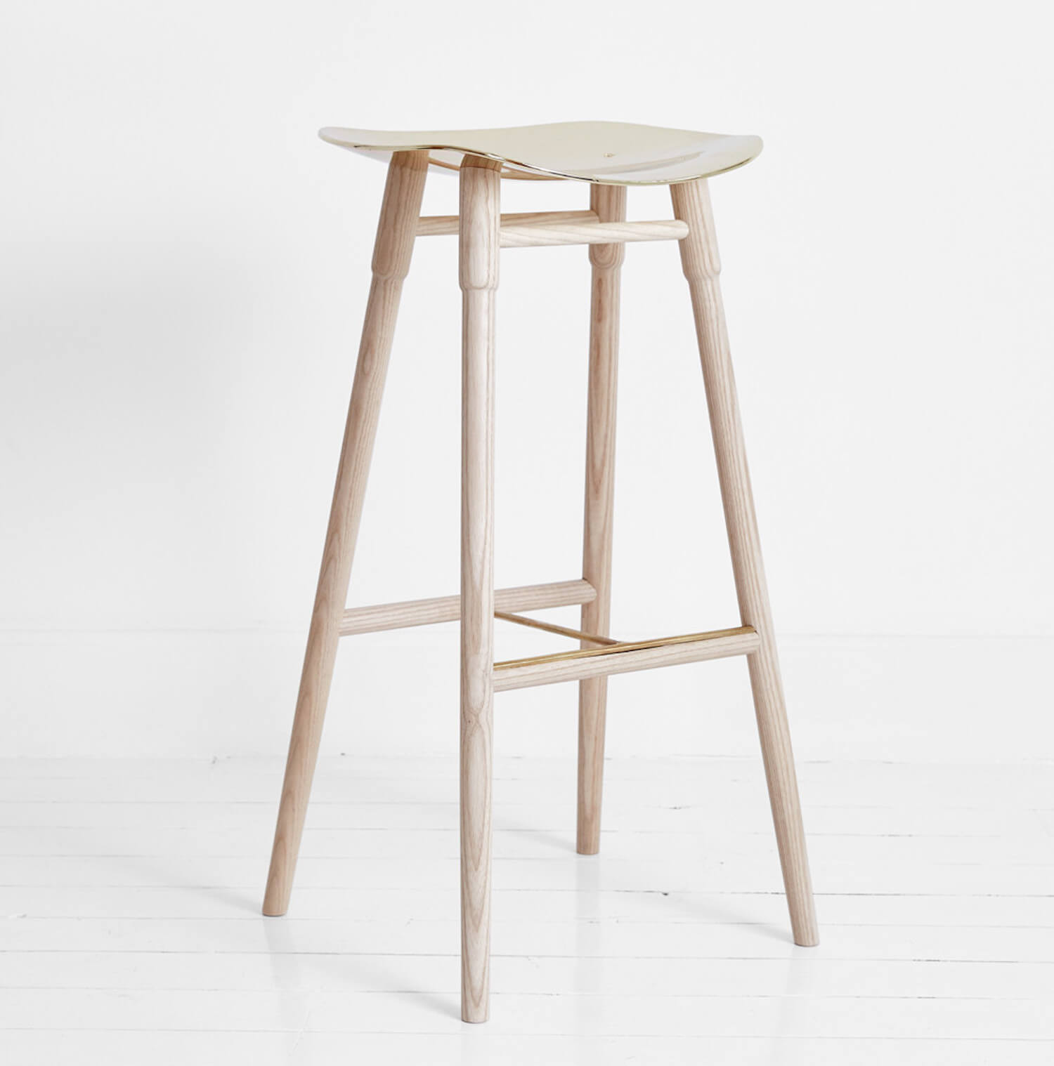mr frag stool