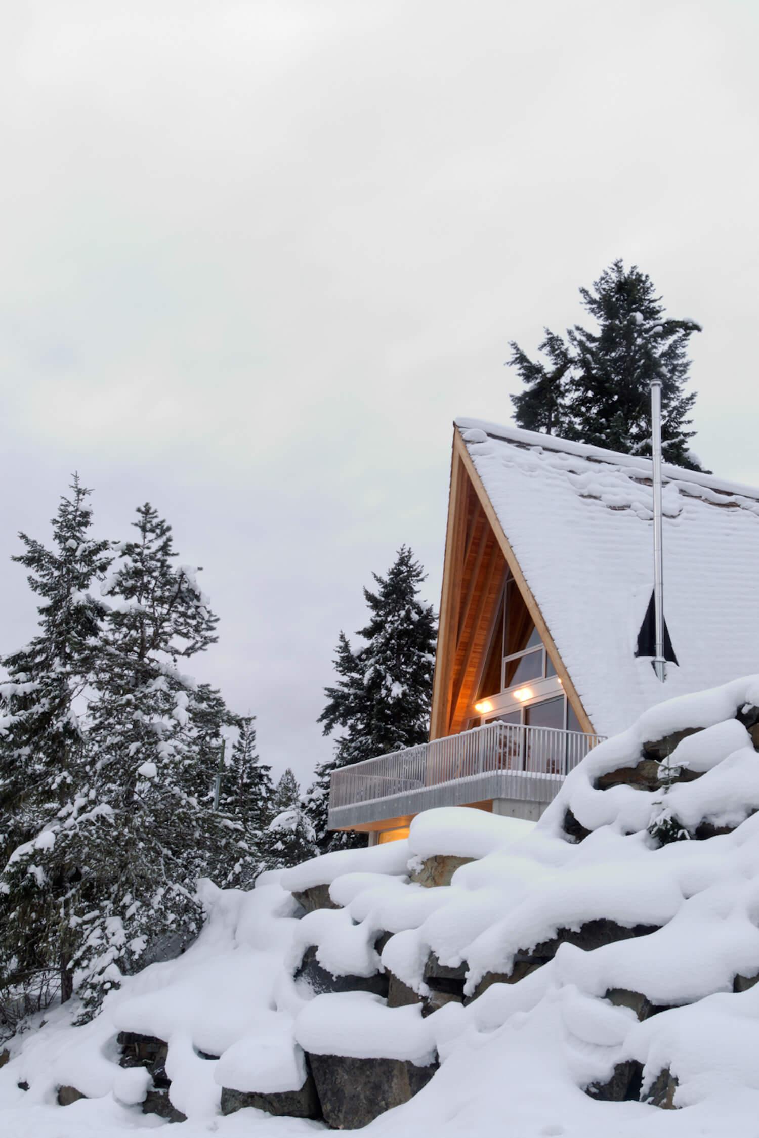 est living scott scott whistler cabin 18