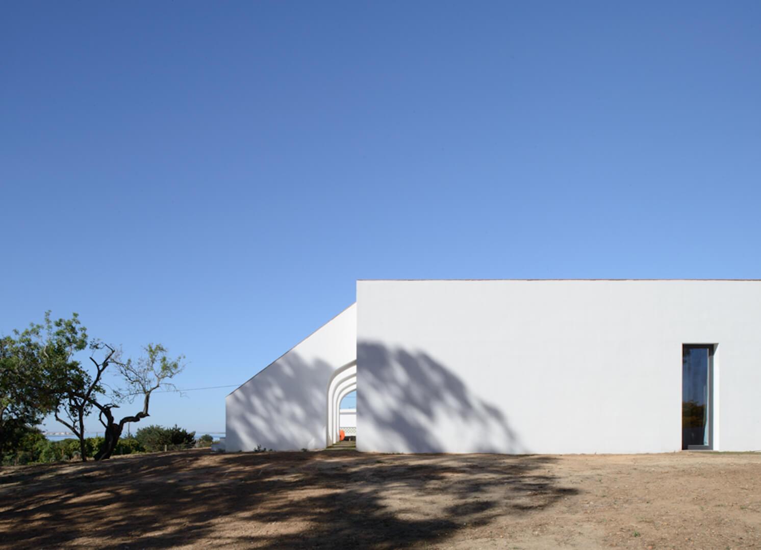 est living travel casa modesta portugal 2