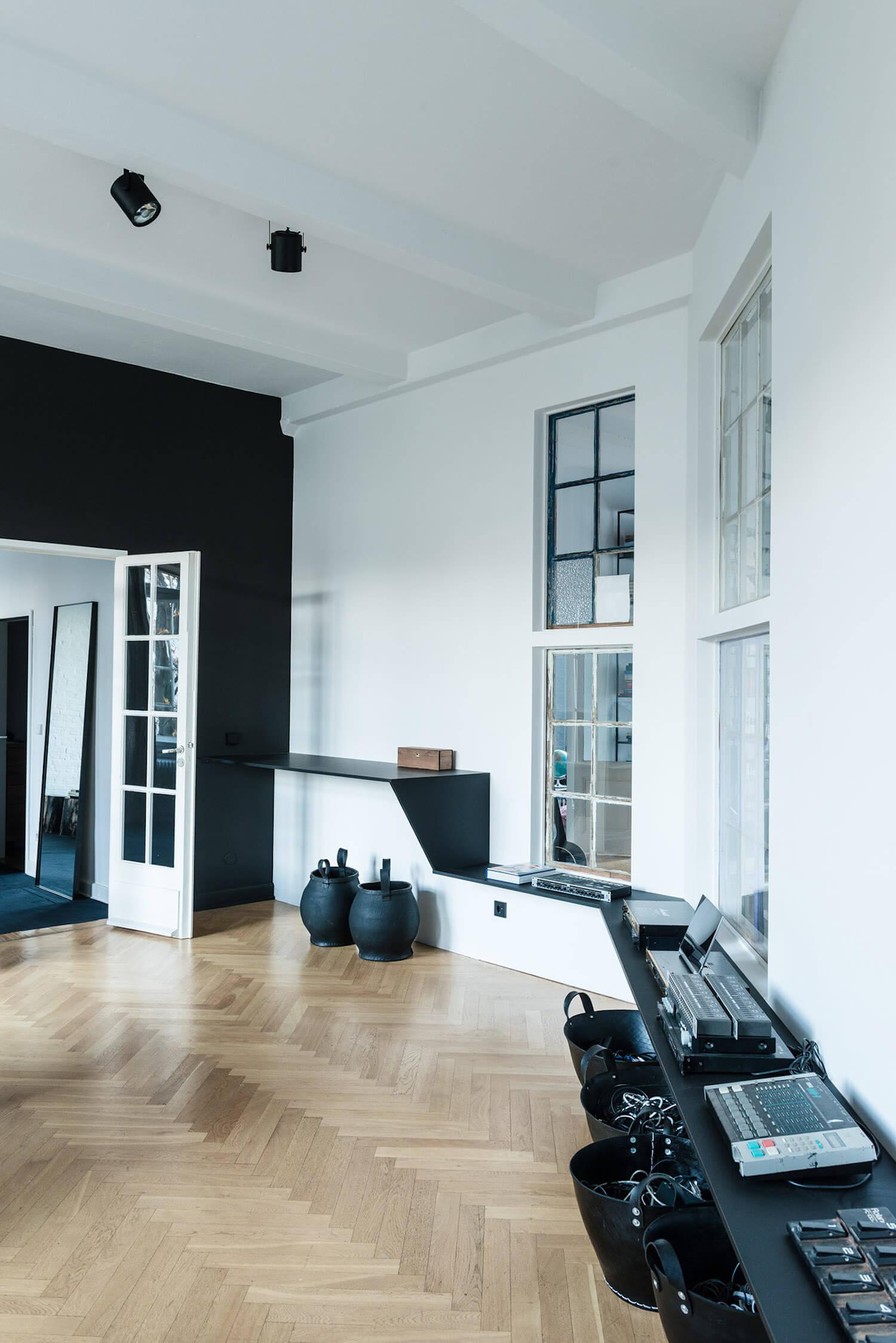 est living annabell kutucu berlin artist loft