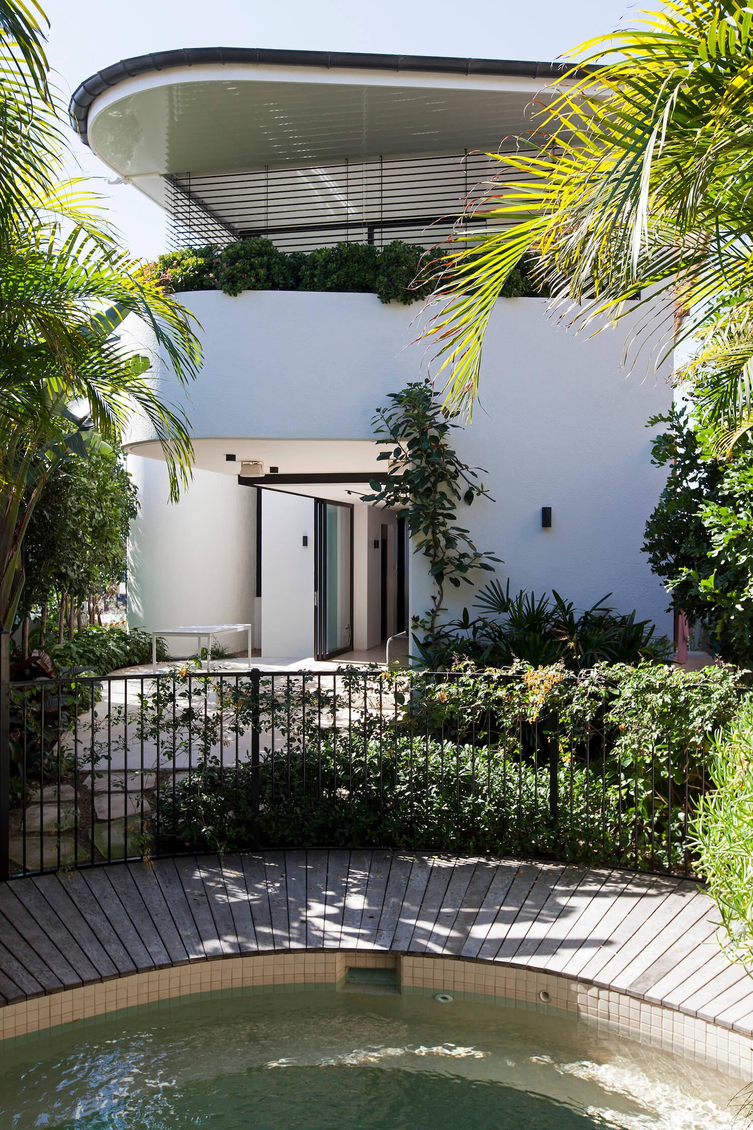 est living interiors tamarama house 10