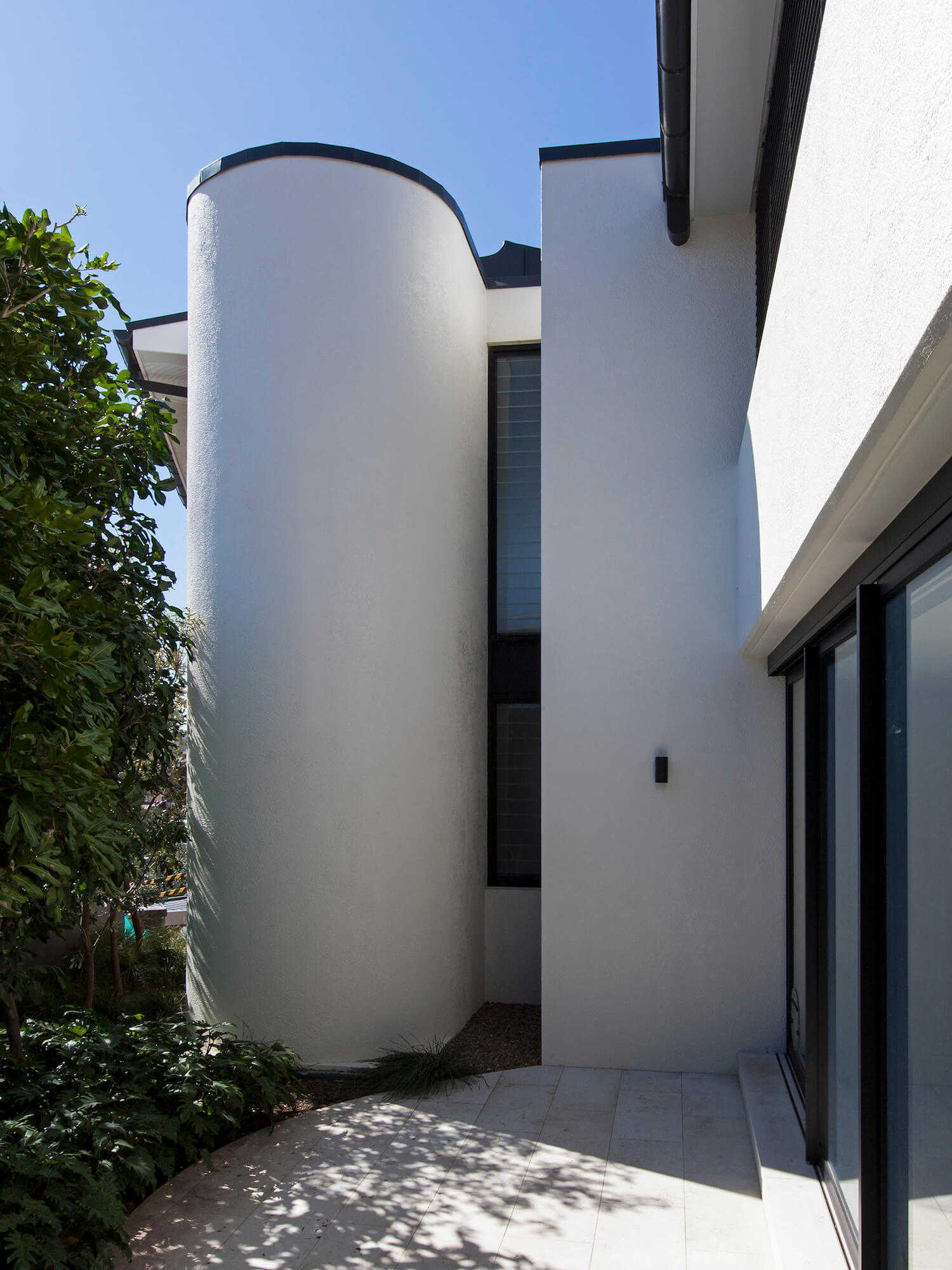 est living interiors tamarama house 7