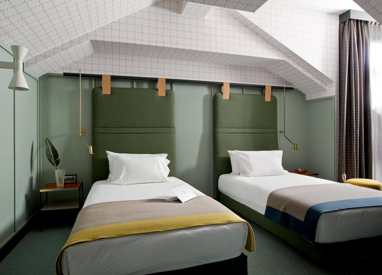 est living travel room mate giulia 12
