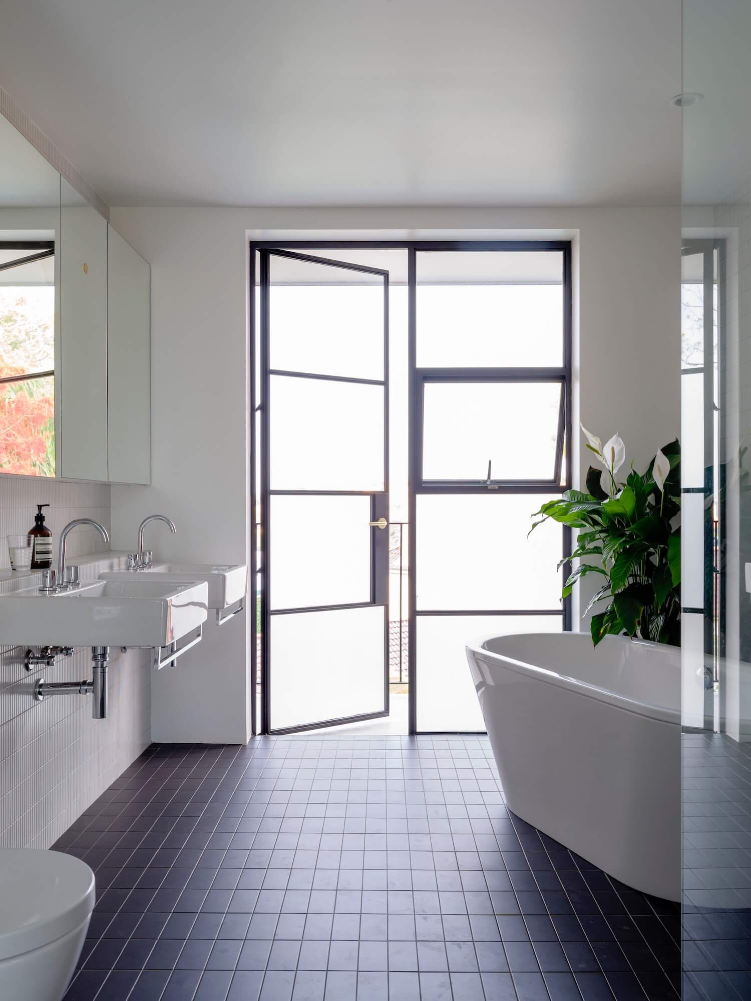 est living ana carin design edgecliff road bathroom