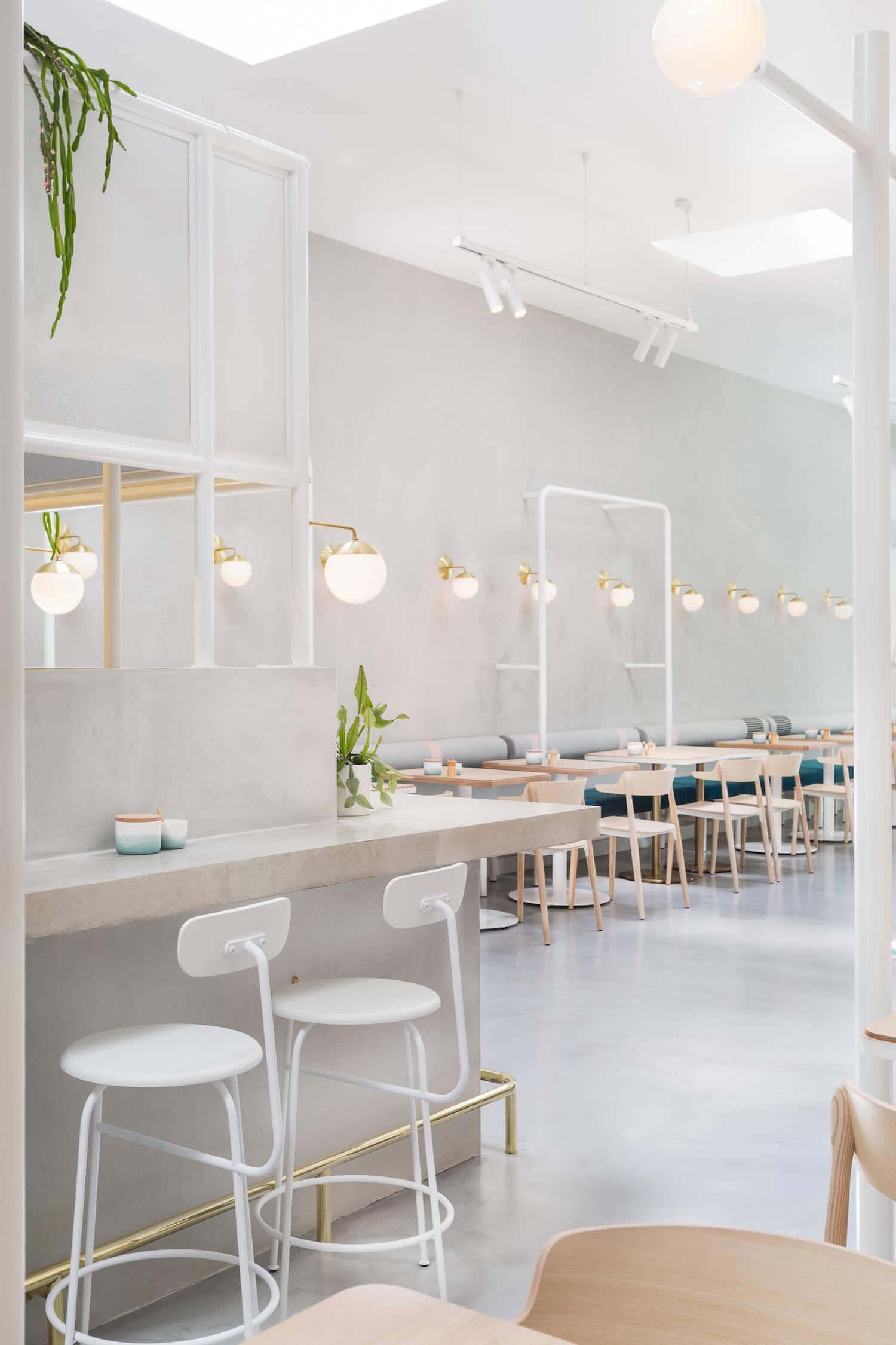 est living design covet biasol no 19 11