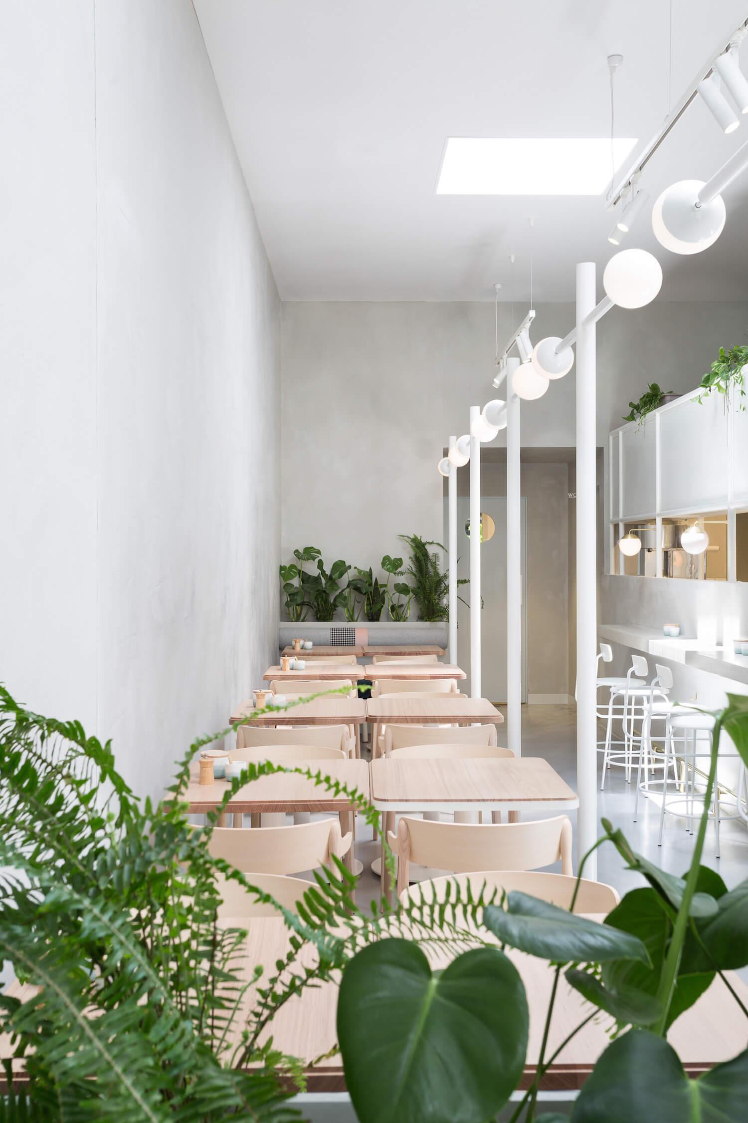 est living design covet biasol no 19 13